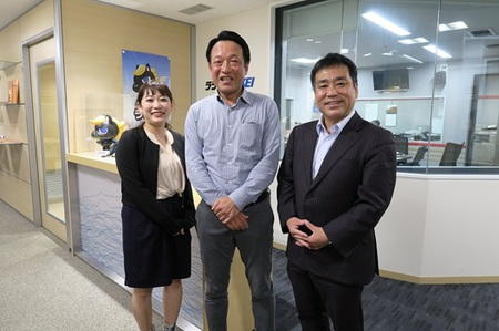 アナウンサー 松浦氏、代表・福井、 財産ネット 企業調査部長 藤本氏画像